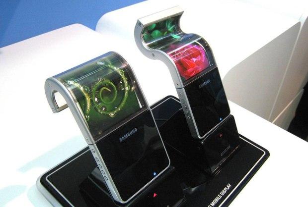 samsung-ecrans-pliables-enroulables-smartphone-tablette-galaxy-s6-edge