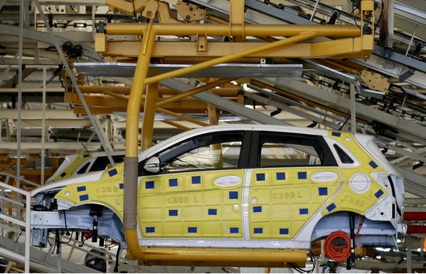 Capture chaîne de montage produisant des véhicules électriques