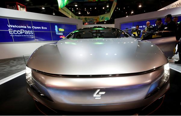 Capture Le concept de véhicule électrique LeSee Pro de LeEco présenté au CES 2017 à Las Vegas